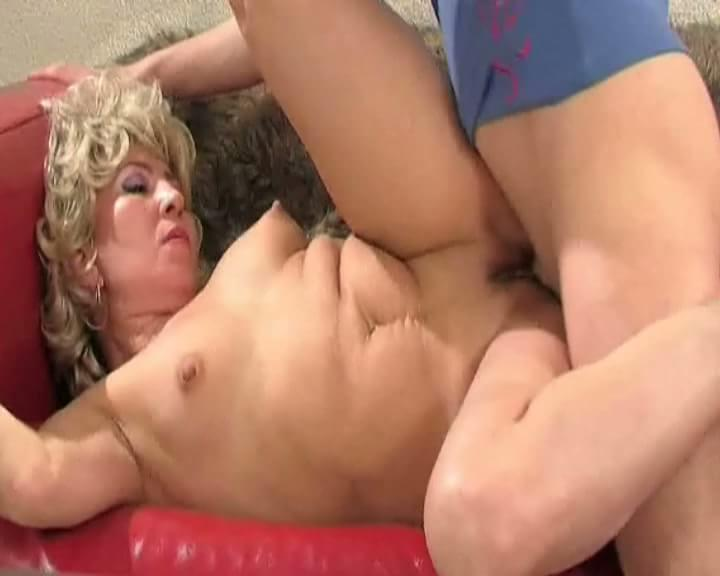 tube 8 blond 3some