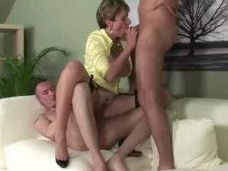 mature mmf threesome