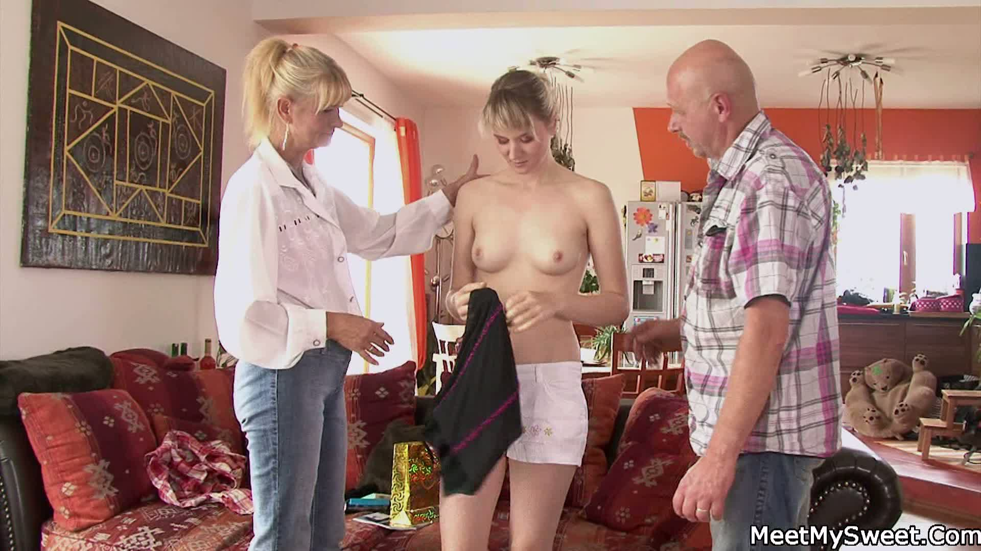 Teen Threesome Ass Mouth