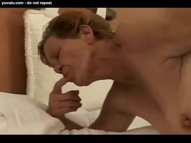 Mature granny anal tube