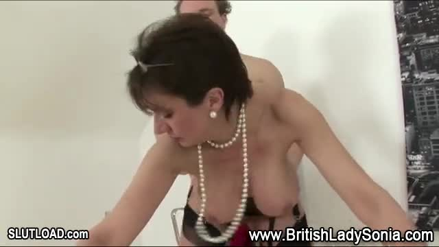 lady sonia blowjobs Mature