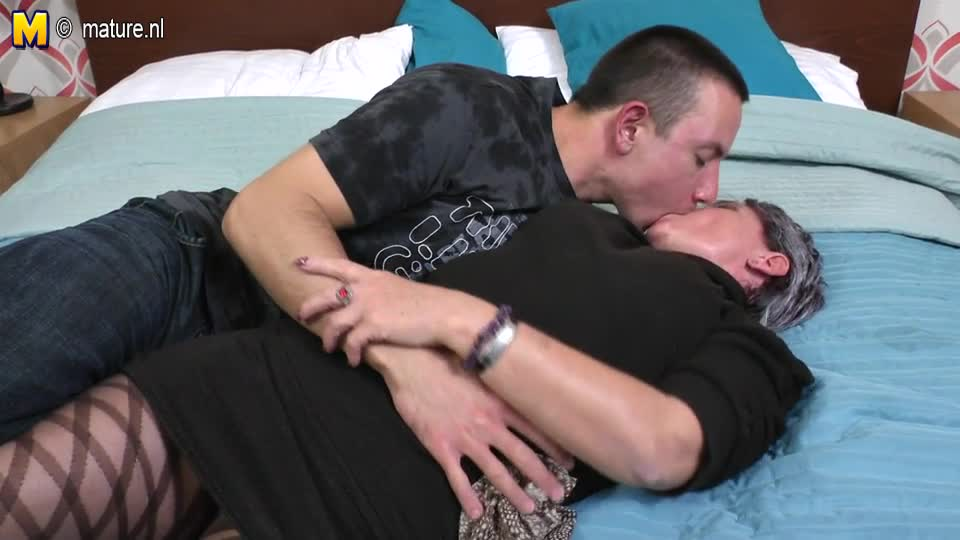 Mature mother fucking her toy boy