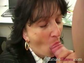 mature secretary Blowjob