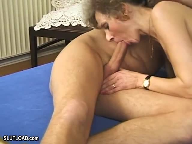 Mature women like cock