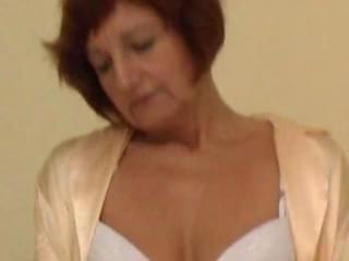 mature woman strippingmature woman stripping and masturbating21 minutes 21 ...