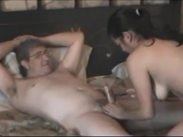 Amateur Wife Threesome Bbc