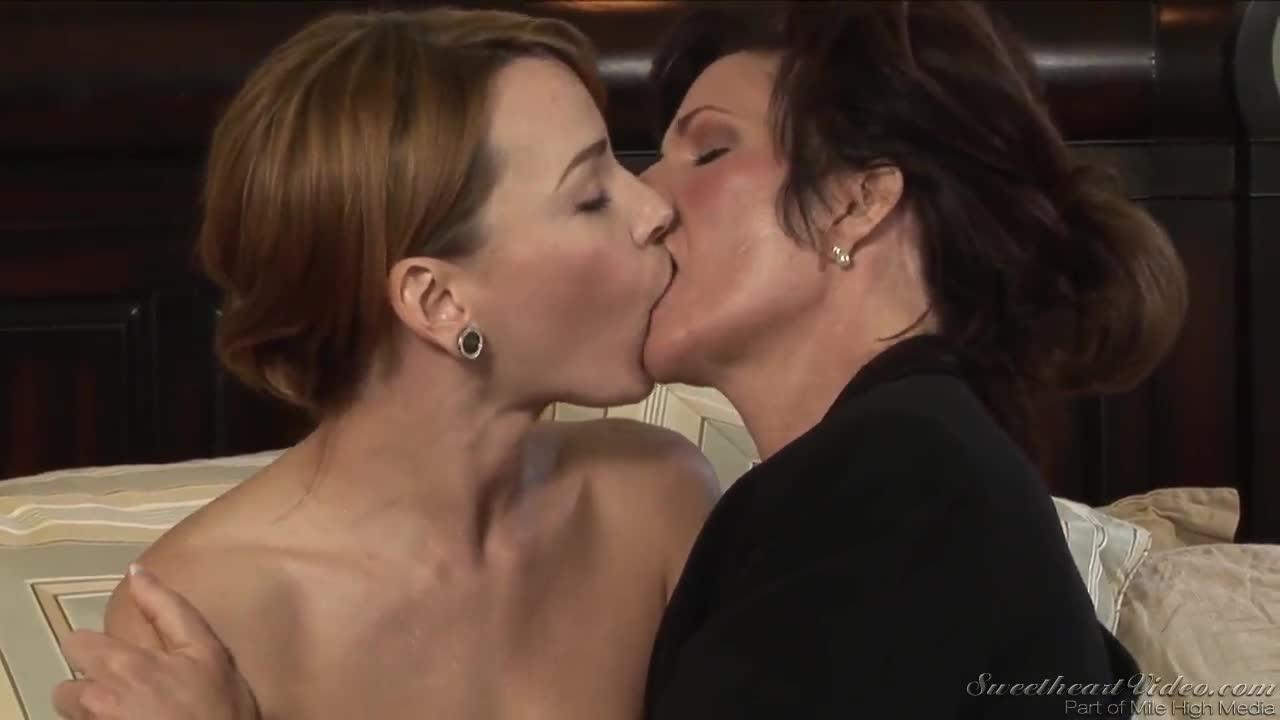 deauxma lesbian movies new-found