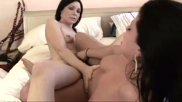 Opinion Milf vs teen xxx apologise