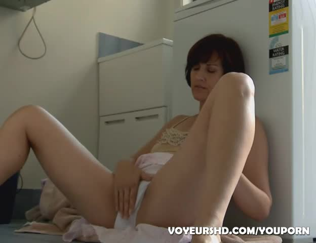 Step daughter in laundry room porn