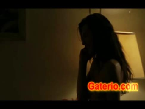 Milla jovovich desnuda und follando en stone