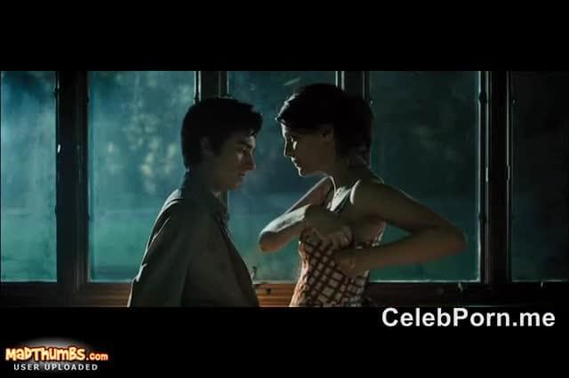 Mischa barton lesbian sex scene video can look