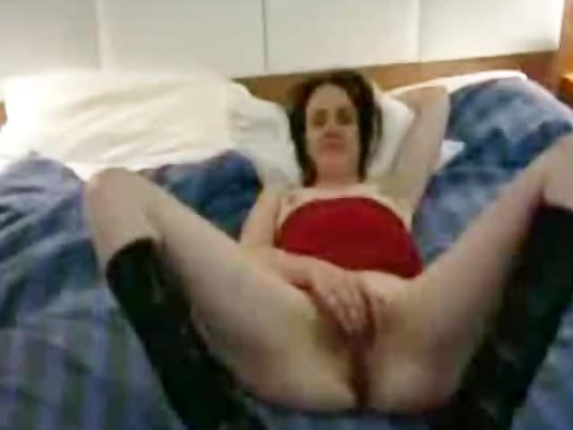 Tabu naked showing her pussy