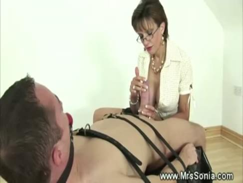 Strict Mistress  Hard Whipping