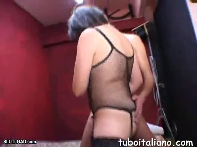 Hermaphrodite having sex with girl
