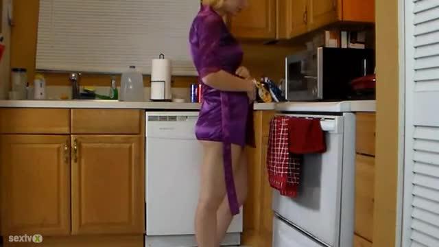Yoga pants babe topless