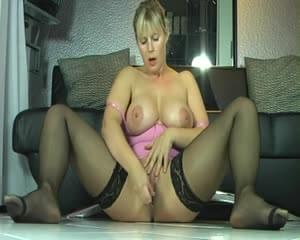 Trailer of nude big booty girls dance