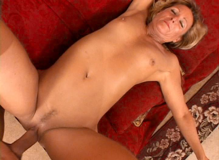 image Green eyed mature milf deauxma gets a dick in her tight ass