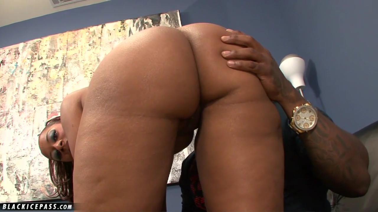 big juicy booty tube