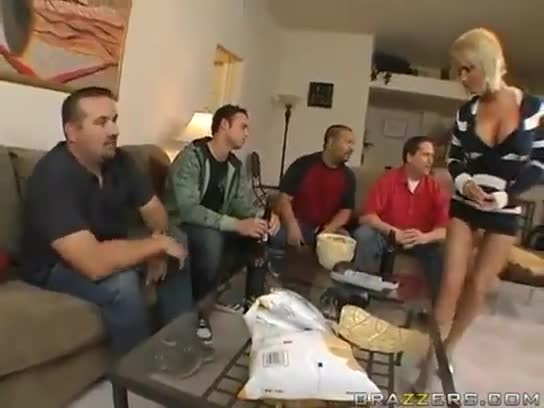 Denhaagman granny with prolapsed uterus porn video