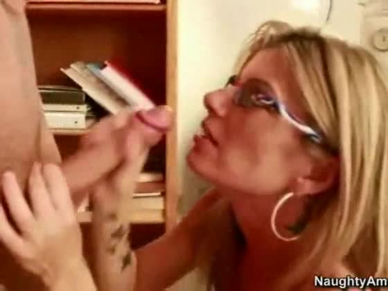 Horny wife blowjobs