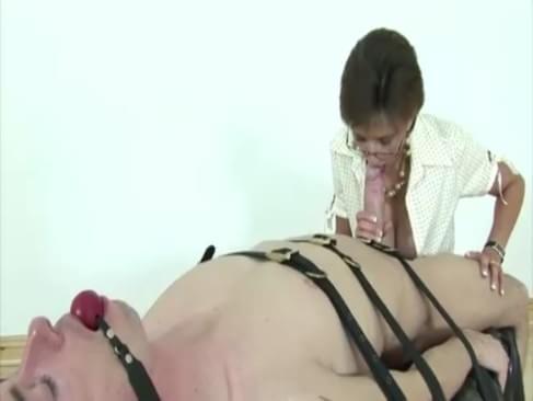 Nasty femdom sluts face sit and fucking