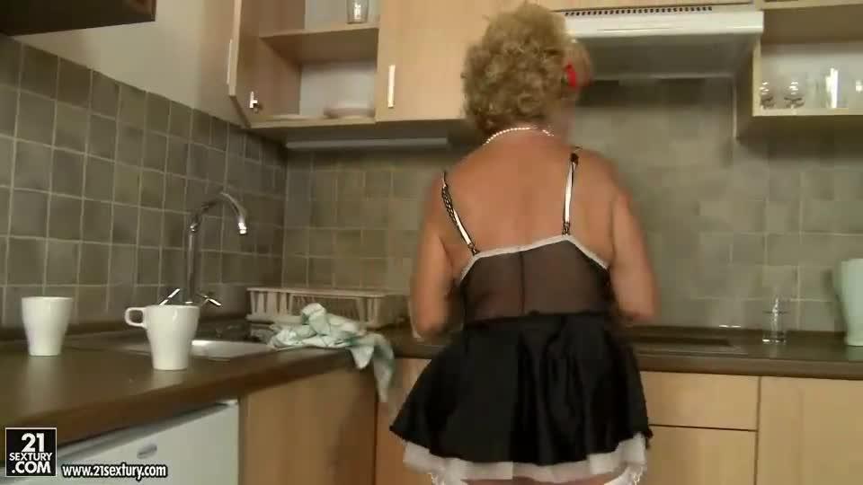 Old maids fucking
