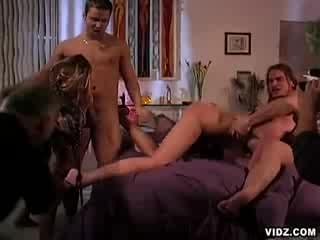 Hot desi girl virgins do sex