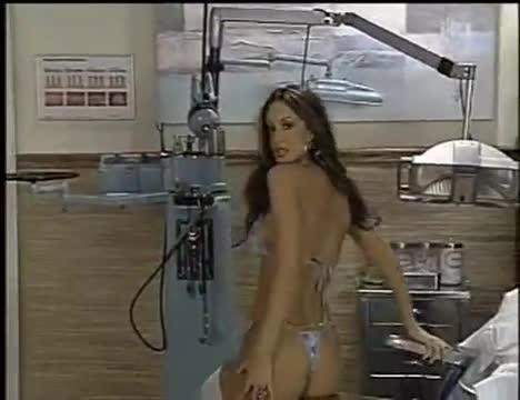 Nikki nova striptease