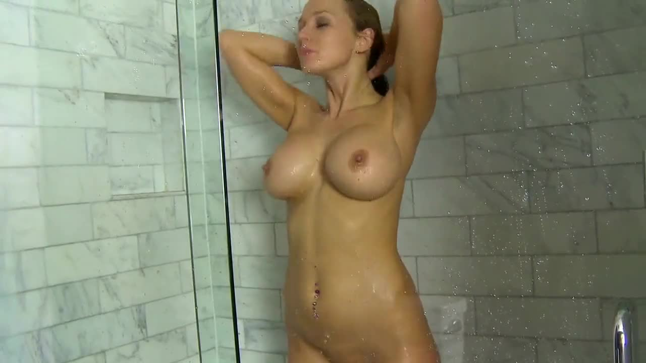 naked mature moms and milfs
