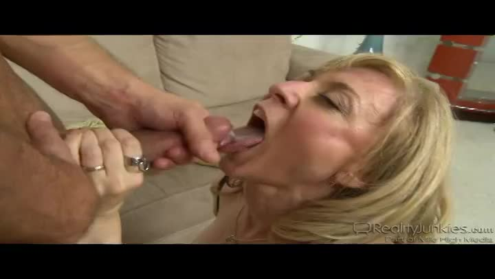 Xhamster close up female orgasm