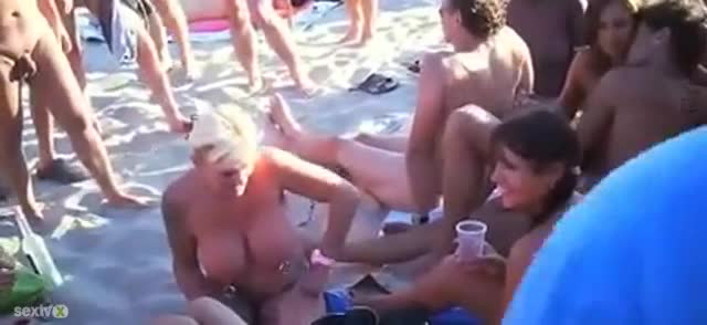 Mom takes black cock in both ends_5873