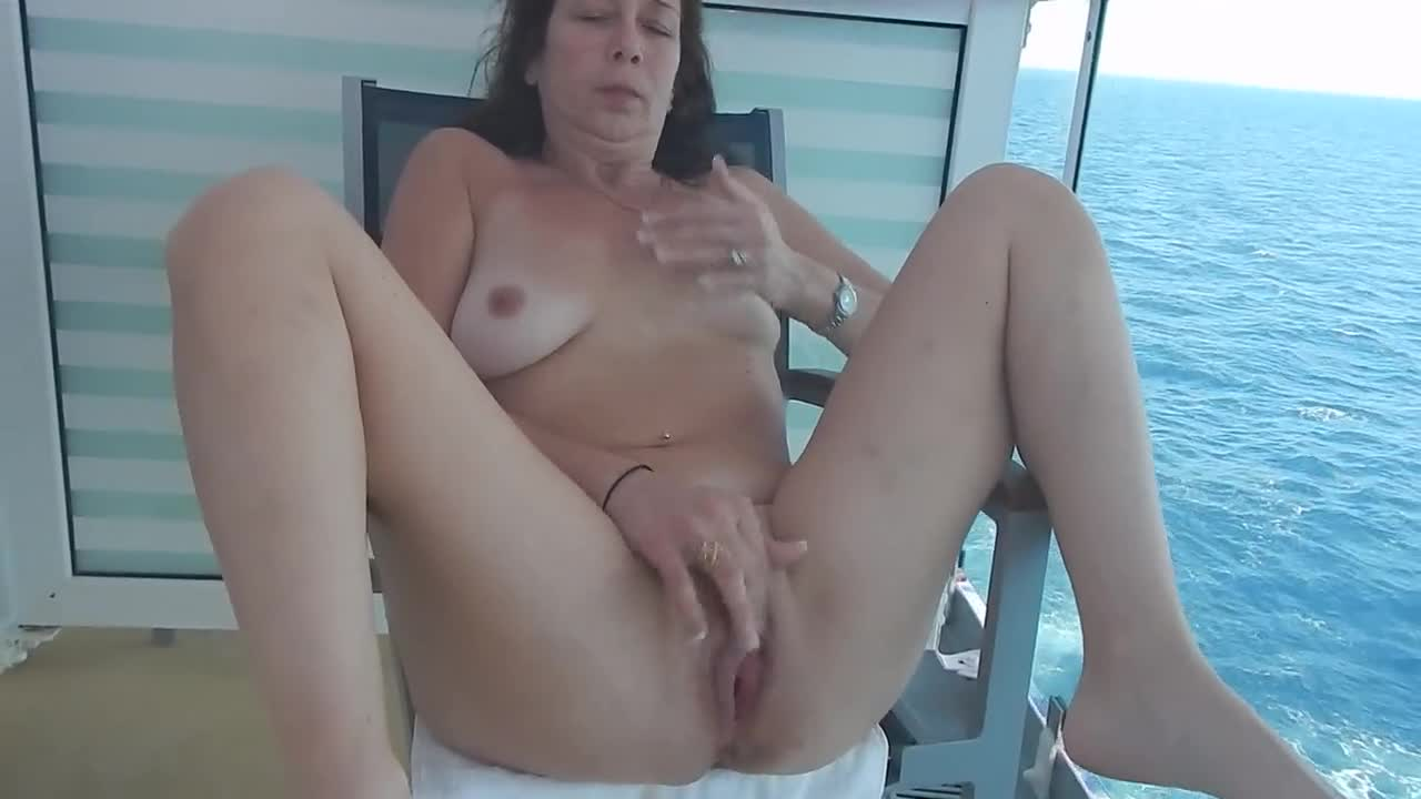 zoe mcdonald pounded hard