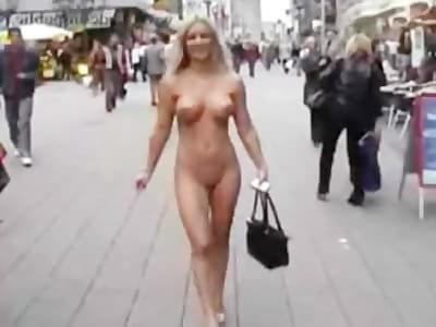 Cheyenne in nude public
