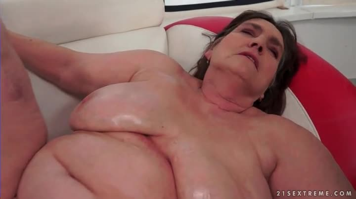 Fat bald bbw pussy worship