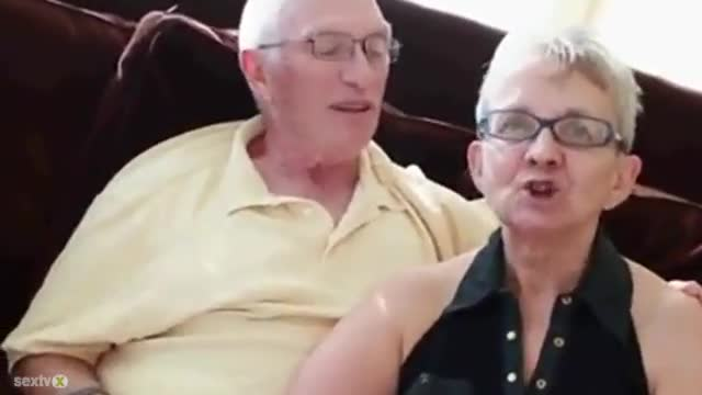 Old Couple Have A 3some