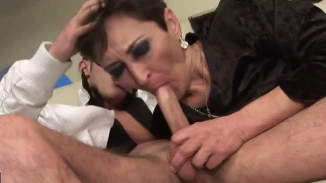 Ladies deep throating mature