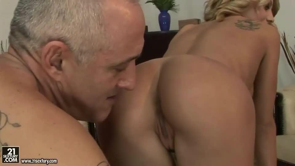 Boys fucking older men - Villacatira.Com