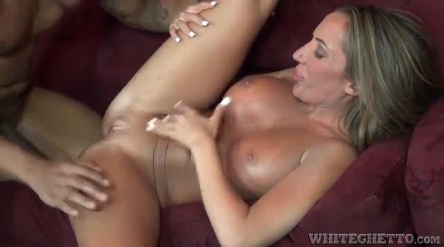 Hanna hilton bondage