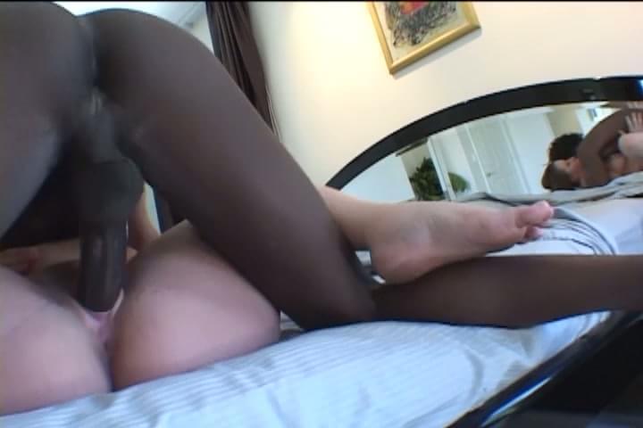 Homemade hardcore sex of pregnant slut fucking xxxbunker