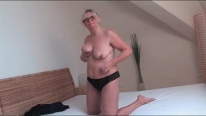 Blonde solo milf nurse playtime