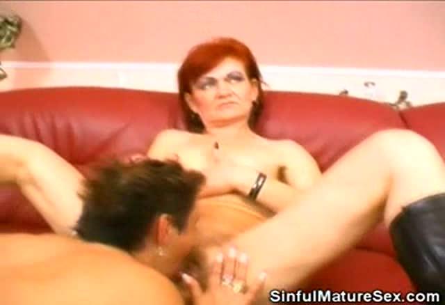 Licking Grannys Pussy 96