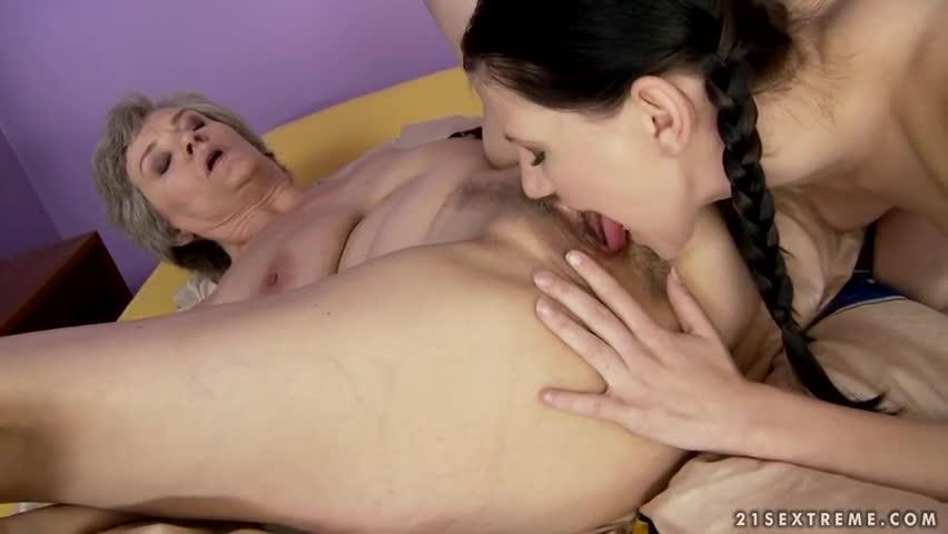 Son Licks Mothers Pussy