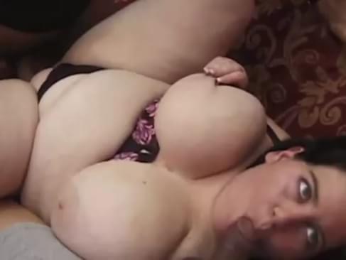 Mom masturbates on the bus