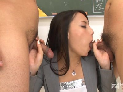 Naja taking anal lesson by troc 6