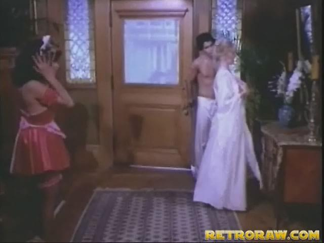 Retro Raw A very sexy maid. retro raw a very sexy maid.