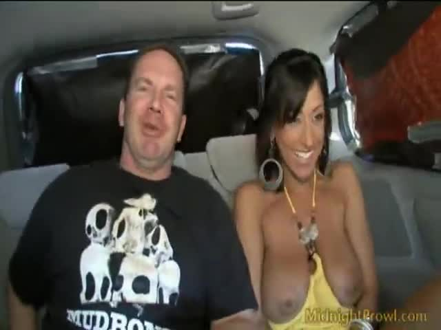 Ricki White Lets Her Big Tits Swing As She Rubs Clit With