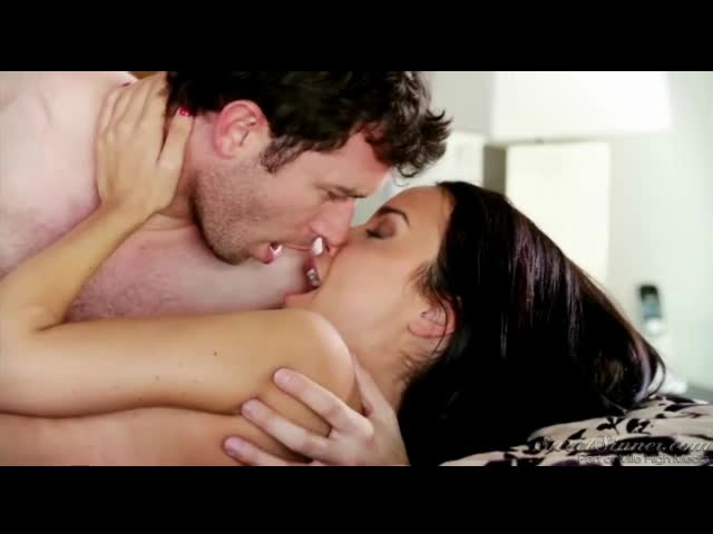 Hardcore kissing pics