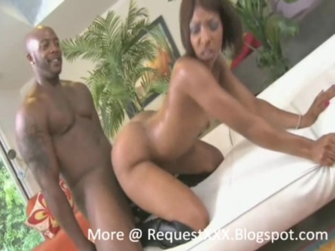roxy reynolds jemini threesome