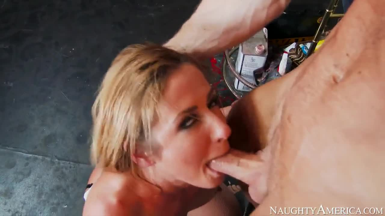 Angeline Ball Tits ryan mclane fucks fit blonde sheena shaw : xxxbunker