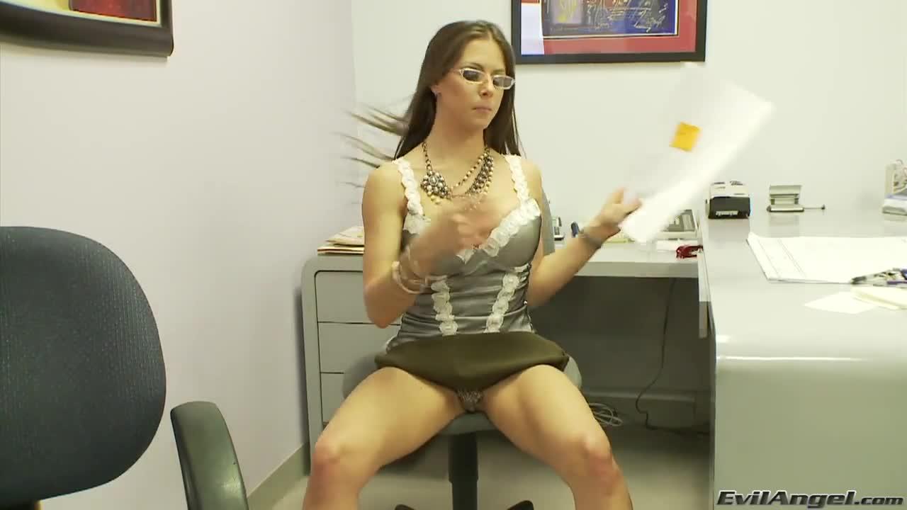 rachel roxxx secretary